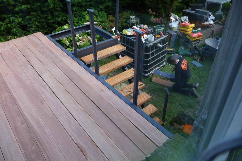 Vloer Voor Balkon : Staal constructie balkon leo s all in service