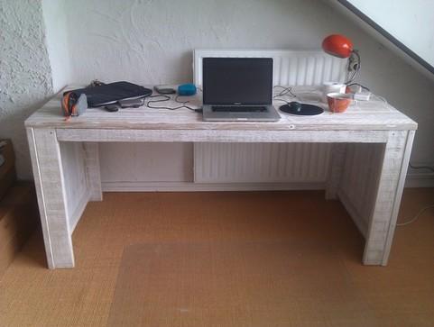 Kantoorinrichting bureau 39 s computer tafels van steigerhout for Bureau van steigerhout maken